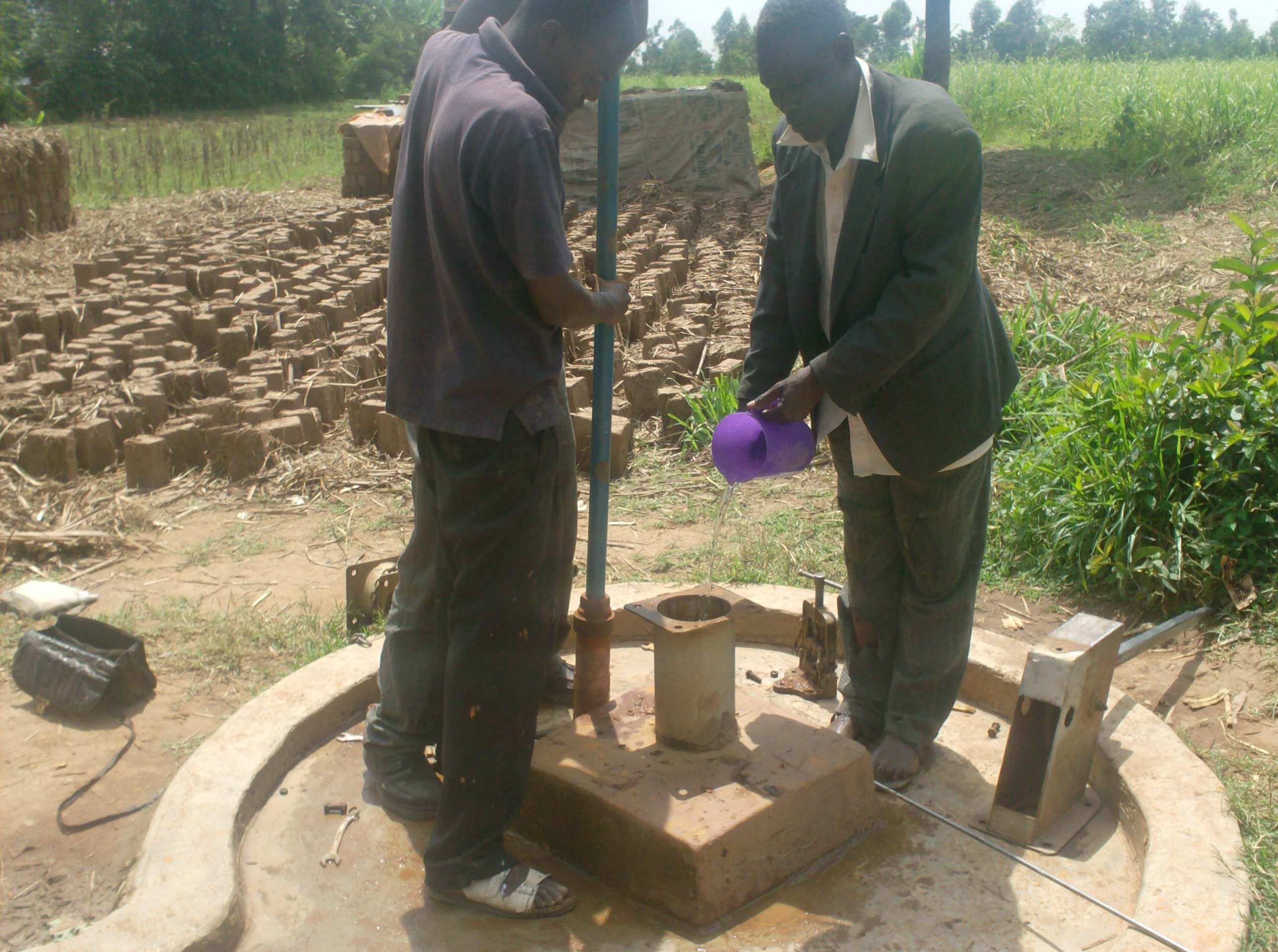 The Water Project : aleko-community-well-chlorination-of-the-well