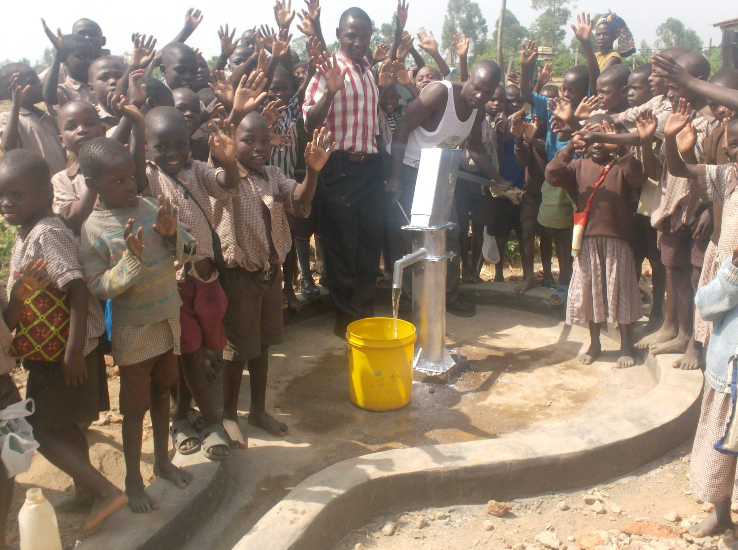 The Water Project : eshiyenga-primary-schooo-well-hand-over-after-rehab