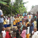 The Water Project: N'Garahun Village, Koya Rural District Well Repair -