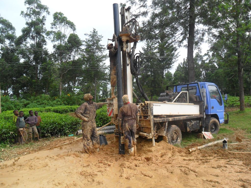 The Water Project : drilling-madioli-primary-2
