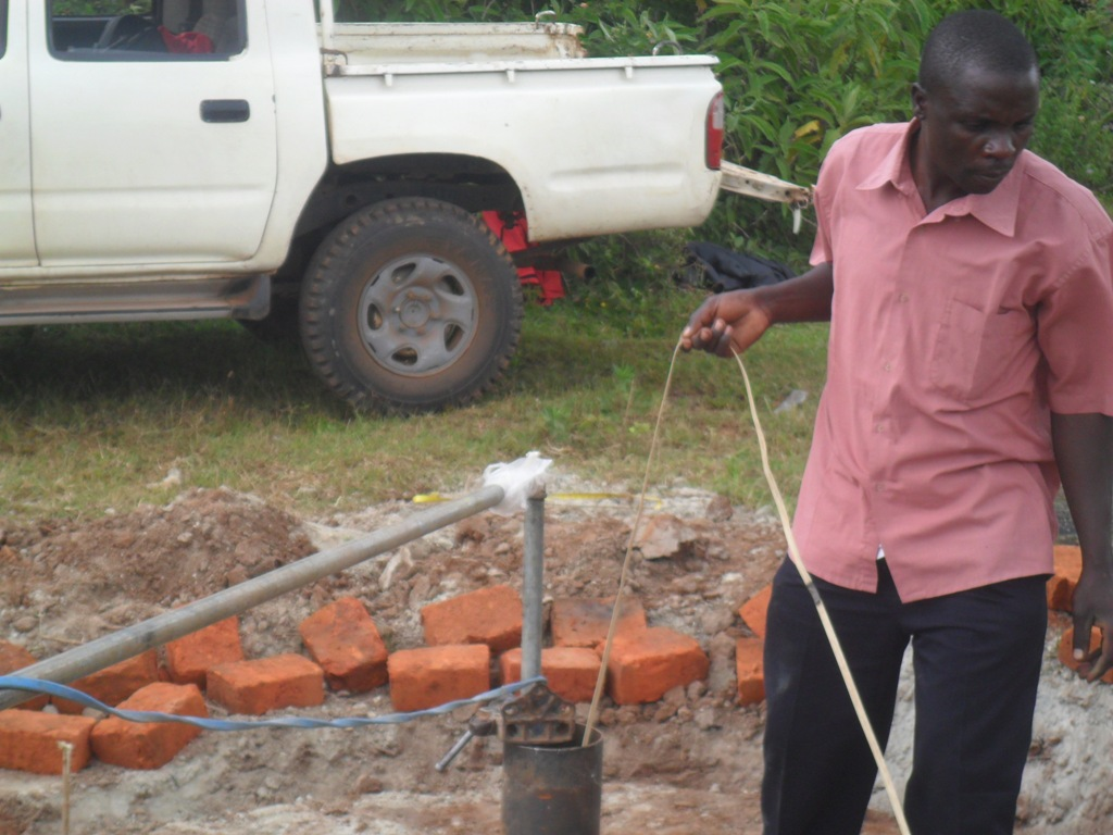 The Water Project : testpumping-hafoland-primary-2