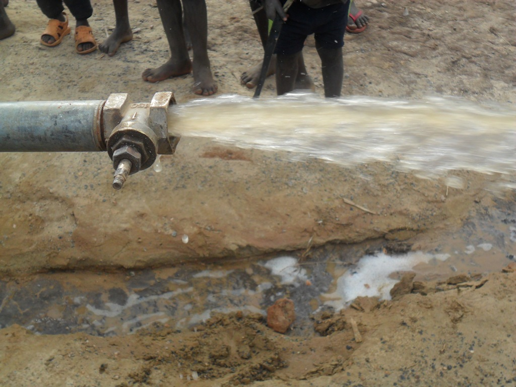 The Water Project : testpumping-nabingenge-school-2