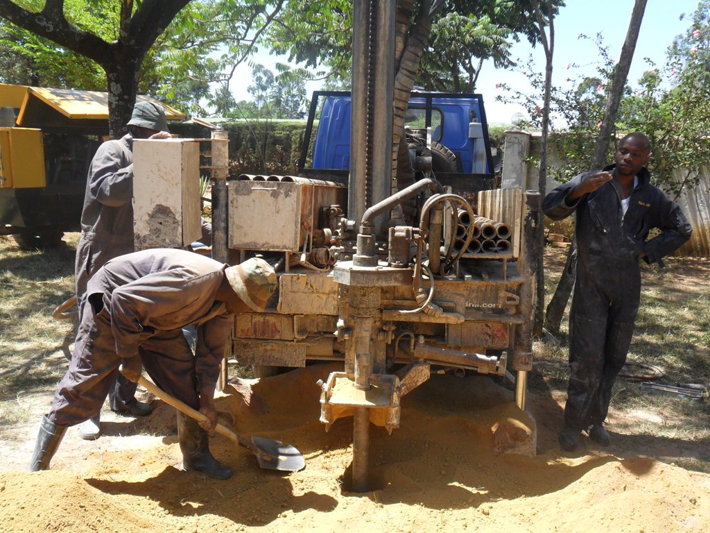 The Water Project : drilling-igunga-sec-school-10