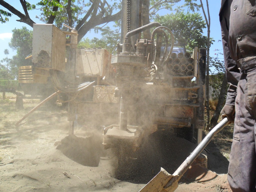 The Water Project : drilling-igunga-sec-school-11