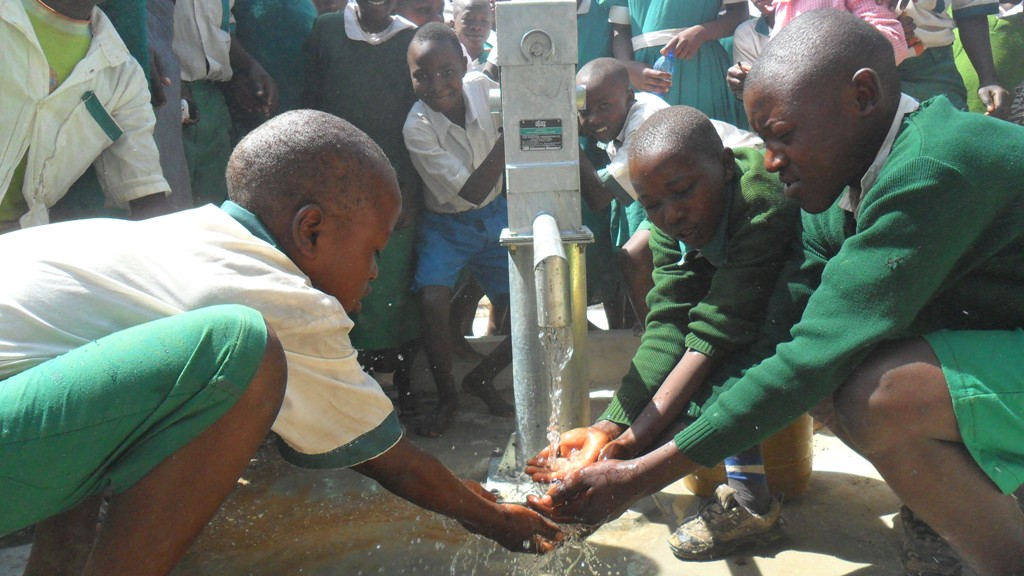 The Water Project : malinda-pupils-fetching-water-2