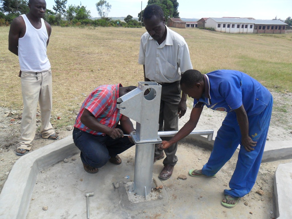 The Water Project : soysambu-primary-pump-installation-2