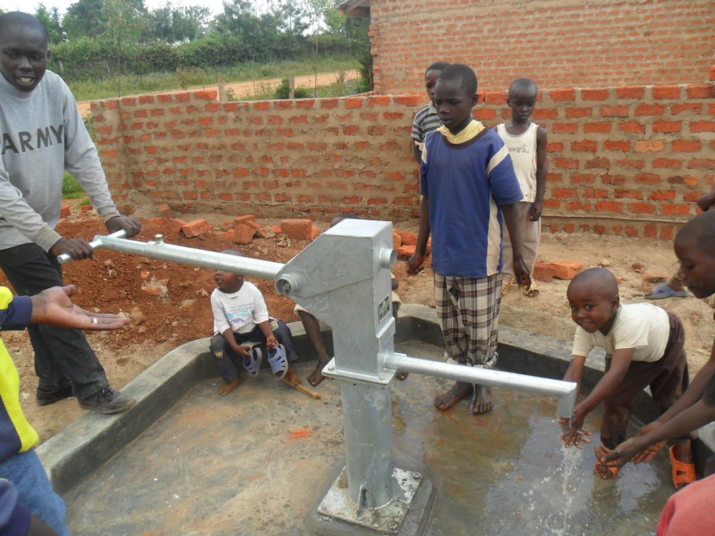 The Water Project : water-flowing-sabata-primary-2-2