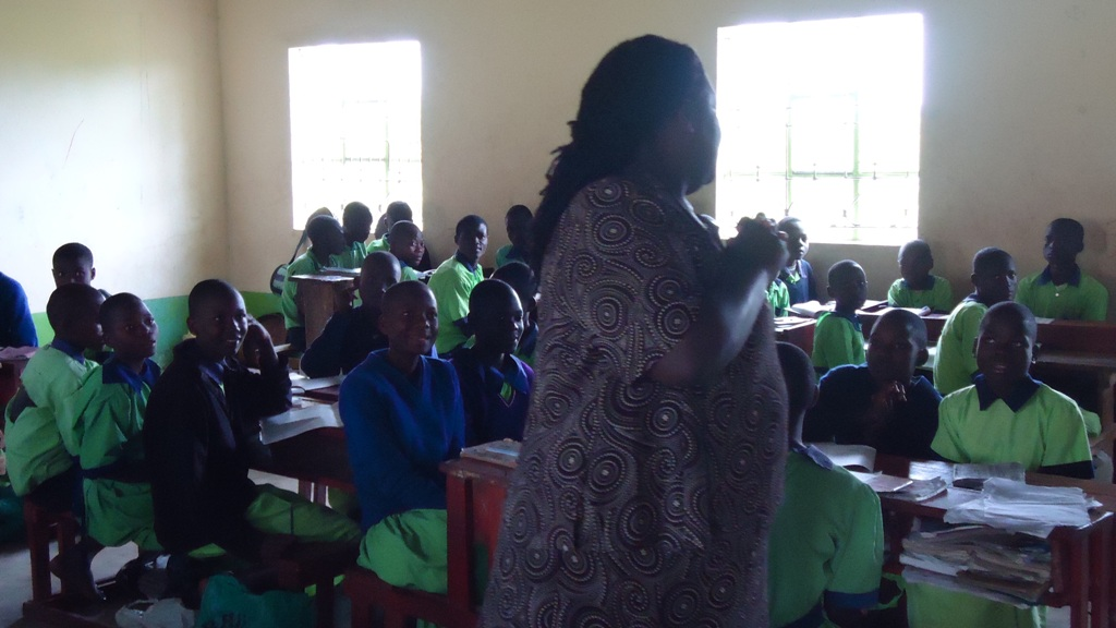 The Water Project : community-education-khayimba-primary-school-21-sep-10-2-43-54-am-2
