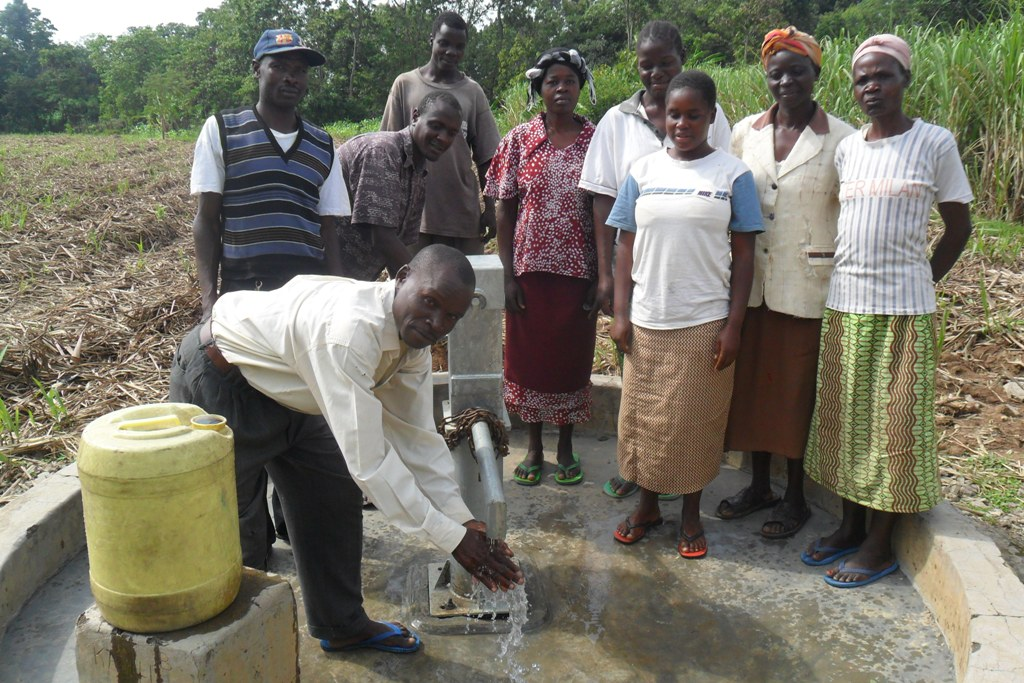 The Water Project : handing-over-shihuna-community-002-2