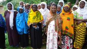 The Water Project : lusheya-women-present-for-community-education-23-sep-10-4-04-32-am