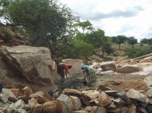 The Water Project : munyuni-sd-during-excavation-2