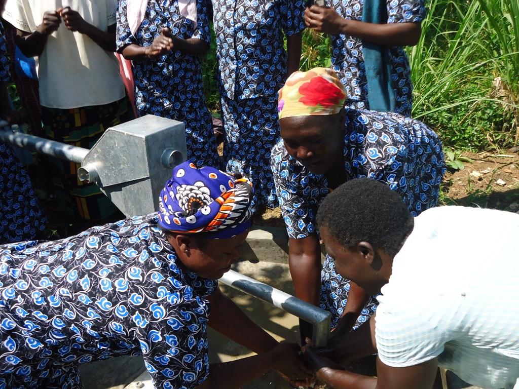 The Water Project : njirinya-self-help-group-handing-over-18-oct-10-1-01-12-am-2