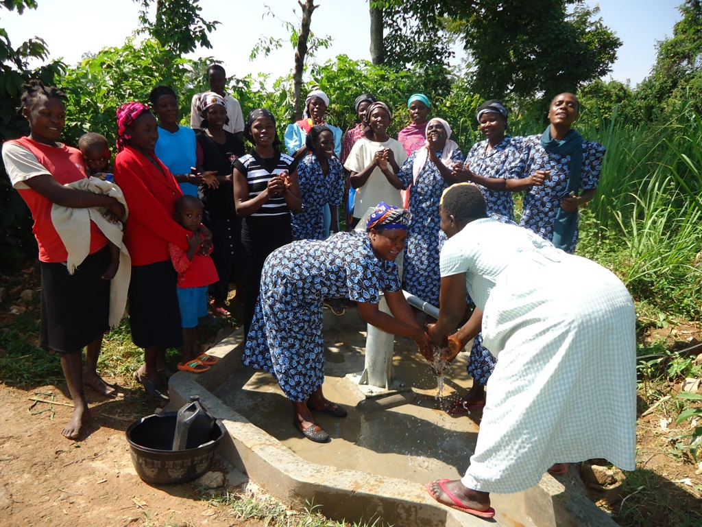 The Water Project : njirinya-self-help-group-handing-over-18-oct-10-1-01-22-am-2