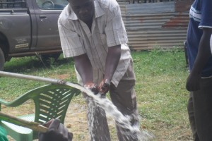 The Water Project : test-pumping-surungai-community-001