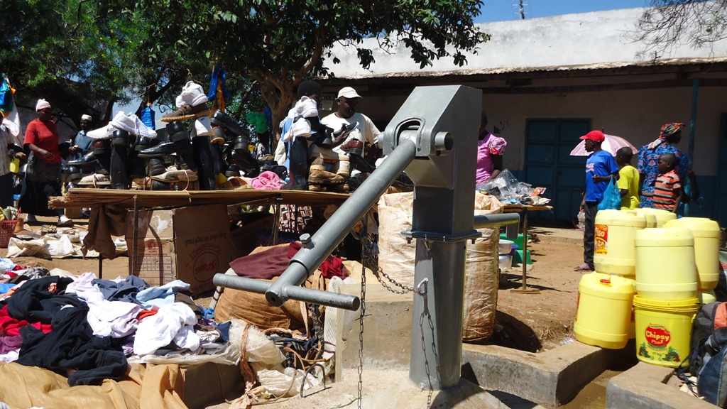 The Water Project : buhuru-market-7