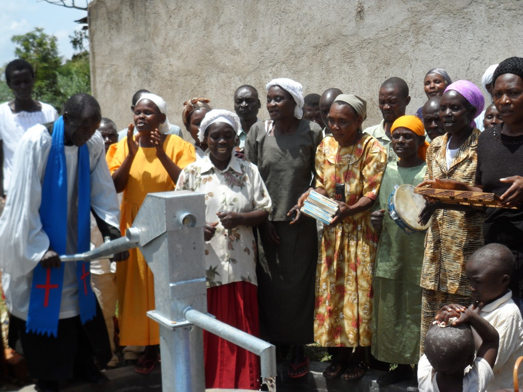 The Water Project : singing-happily-a-c-k-shikalame-church-2