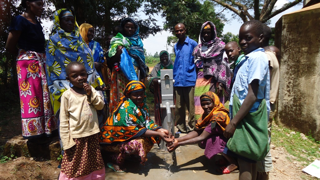 The Water Project : handing-over-lureko-jamia-mosque-3-2