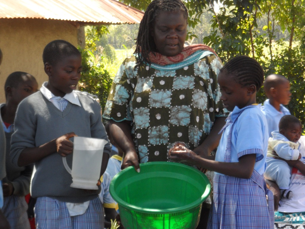 The Water Project : a-c-k-makunga-community-education-52-2