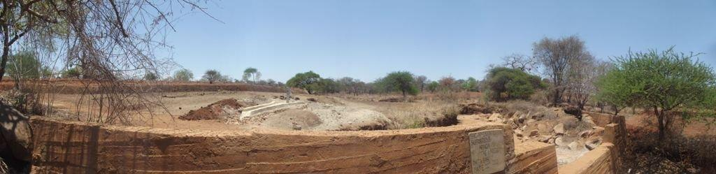 The Water Project : nyeki-ndune-horticultural-shg_shallow-well_september-20123-2