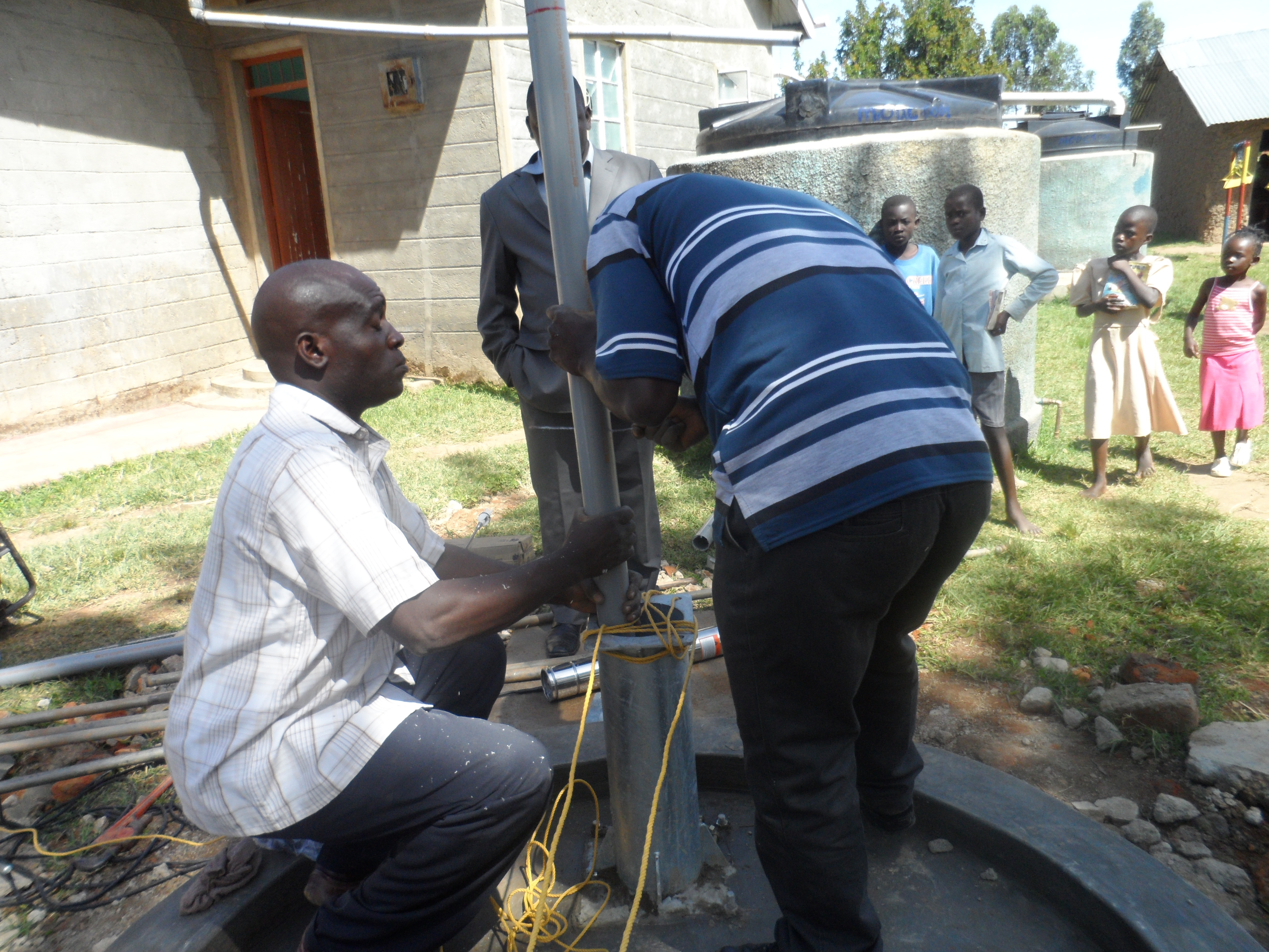 The Water Project : a-c-k-makunga-pump-installation-6-2