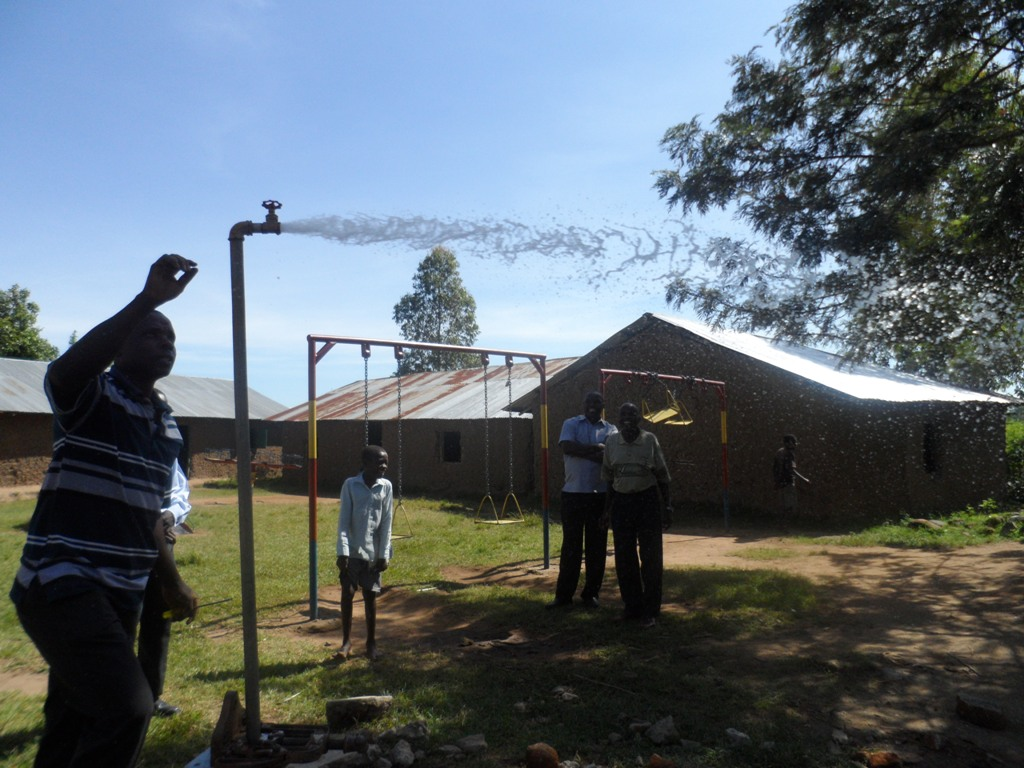 The Water Project : a-c-k-makunga-test-pumping-3-2