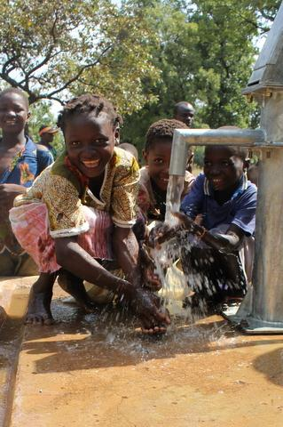 The Water Project : burkinafaso9016_page_5_image_0001-3