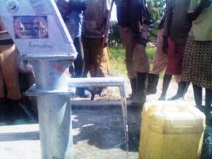 The Water Project : rwanda3065_page_4_image_0002