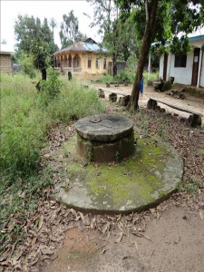 The Water Project : sierraleone591_page_4_image_0002
