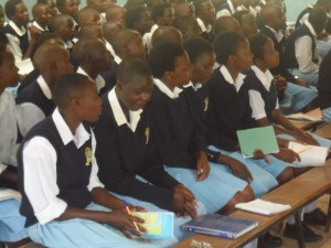 The Water Project : kenya4134_community-education_7