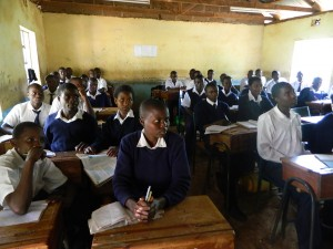 The Water Project : kenya4156_community-education_1