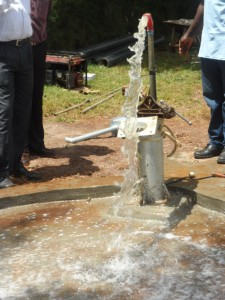The Water Project : kenya4156_test-pumping-2