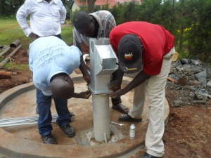 The Water Project : kenya4156_pump-installation