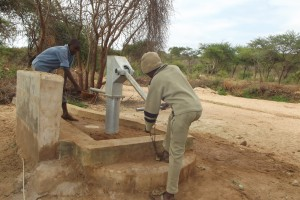 The Water Project : kenya4032-shallow-well_july-2013-5