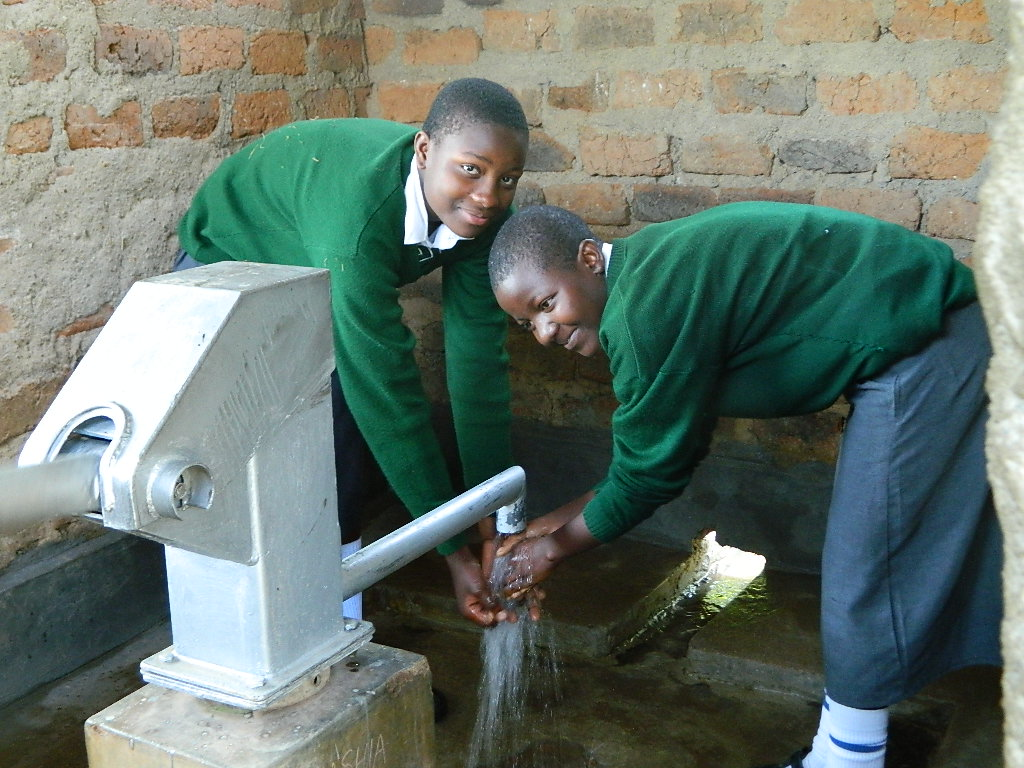 The Water Project : kenya4195-handing-over-2