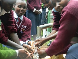 The Water Project : kenya4157-clear-water-3