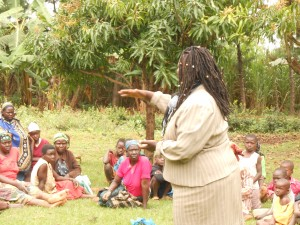 The Water Project : kenya4201-janet-talking-to-the-women-and-children