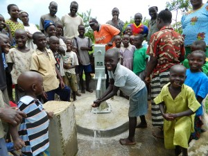 The Water Project : kenya4192-handing-over