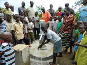 The Water Project : kenya4192-handing-over-5