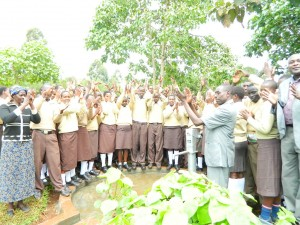 The Water Project : kenya4204-handing-over-2