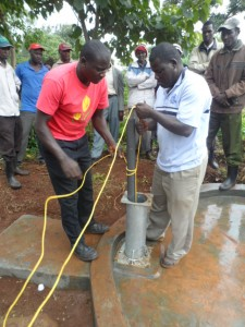 The Water Project : kenya4204-pump-installation-6