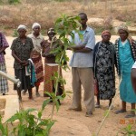 The Water Project: Kakima B Community A -