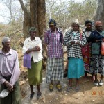 The Water Project: Kakima B Community A -