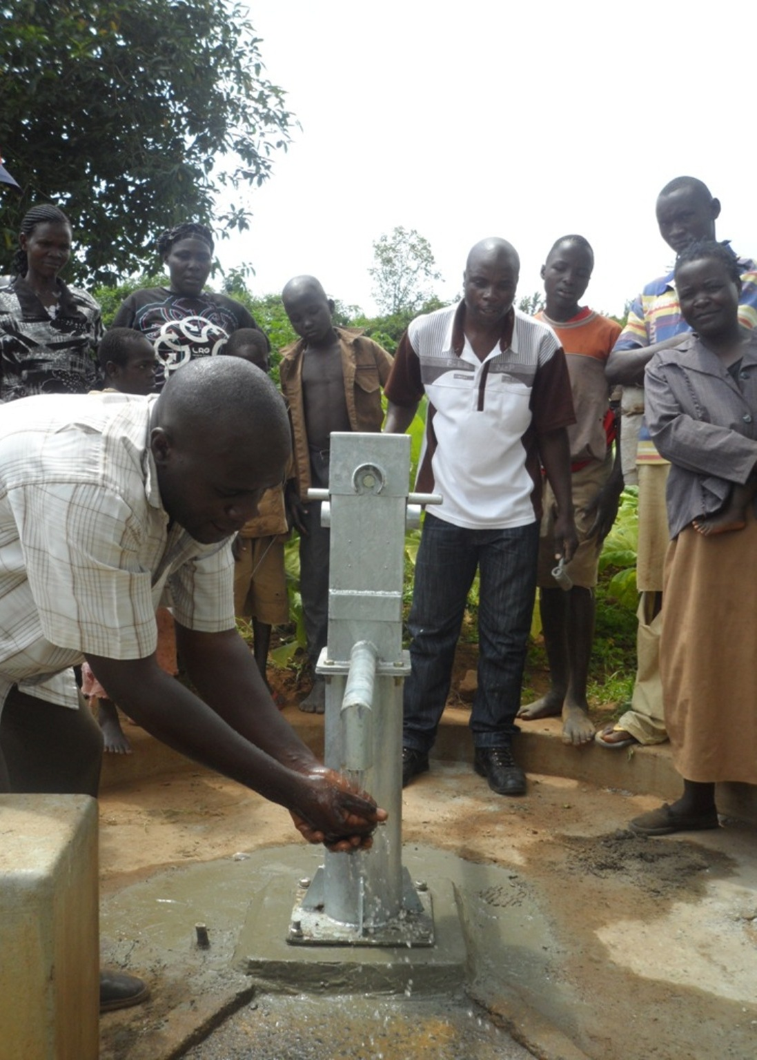 The Water Project : kenya4135-angurai-kolait-borehole-2