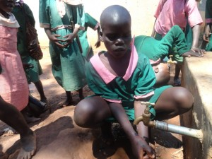 The Water Project : kenya4164-23