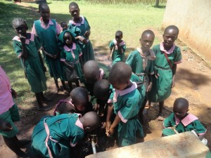 The Water Project : kenya4164-24