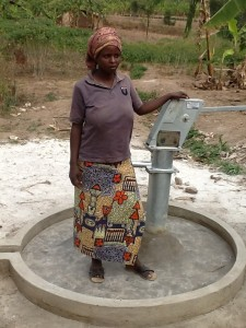 The Water Project : rwanda3066-community-member-1