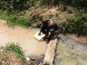 The Water Project : rwanda3070-previous-source