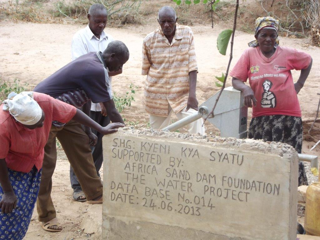The Water Project : kenya4027-10