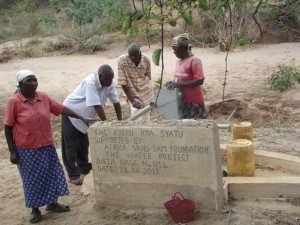 The Water Project : kenya4027-7