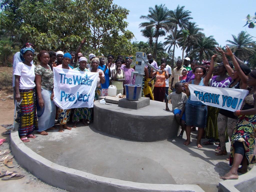 The Water Project : sierraleone5037_07